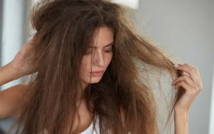 How-To-Keep-Hair-From-Tangling-At-Night