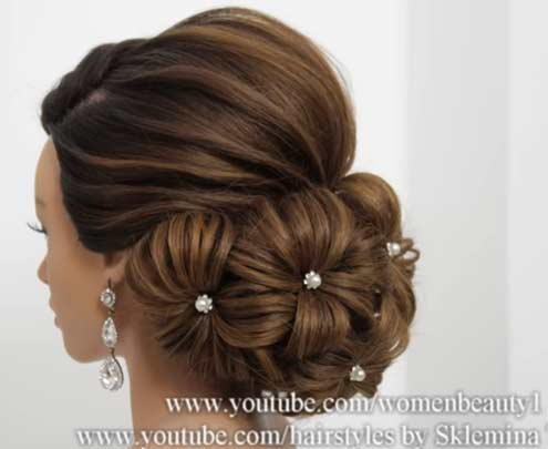 FOLDED-VOLUMINOUS-UP-DO